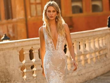 Смелые девушки выбирают оригинальные свадебные платья